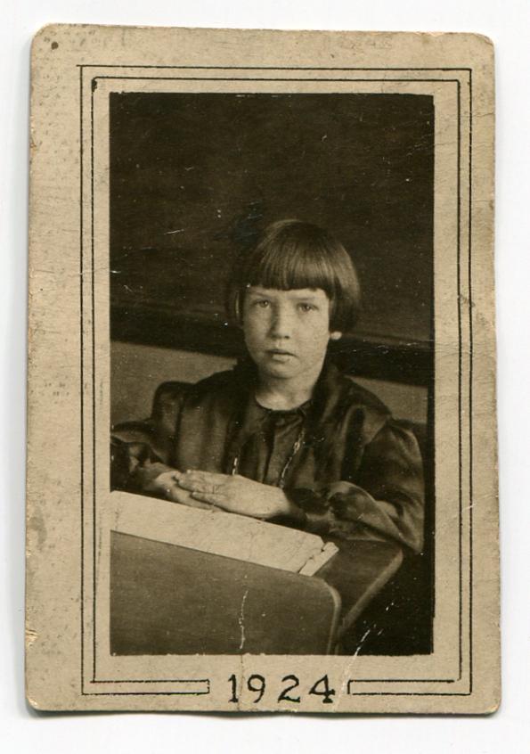 Child antique photo
