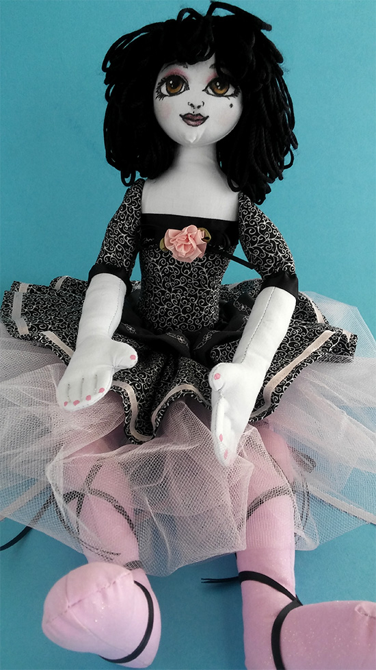cloth-art-doll-BW